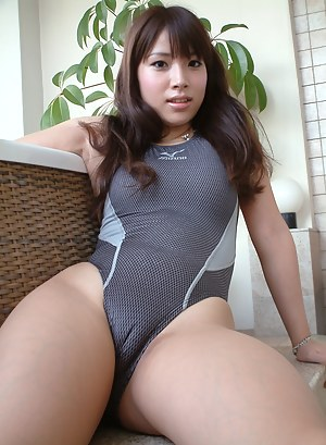 Naked Girls Cameltoe Porn Pictures