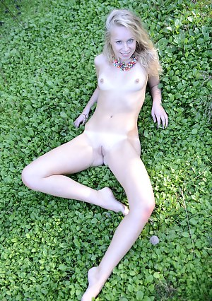 Naked Petite Girls Porn Pictures