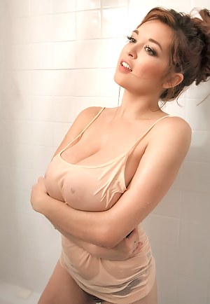Naked Busty Girls Porn Pictures