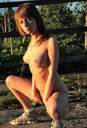 Naked Farm Girls Porn Pictures