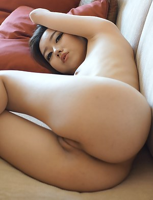 Naked Asian Girls Porn Pictures